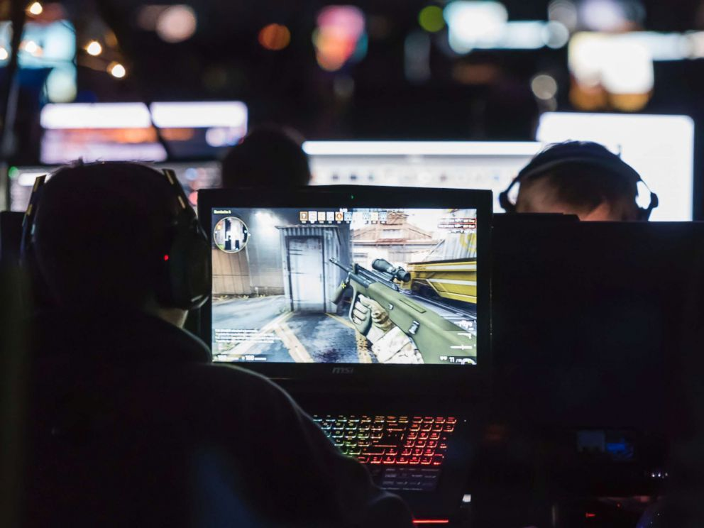 PHOTO: Computer gamers play a initial chairman shooter Counterstrike CS:GO during a tournament, Dec. 10, 2015 during NetGame 2015, Switzerlands largest mechanism diversion gathering in Thun, Switzerland.